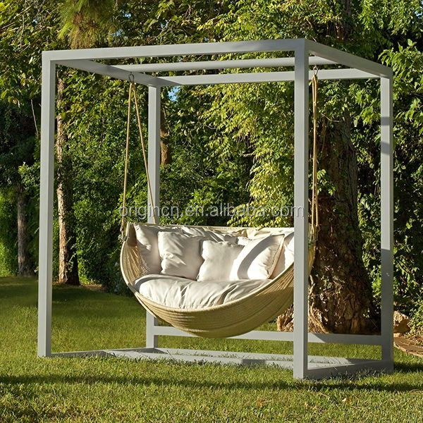 2016 Eye Catching Latest Design Round Garden Swing With