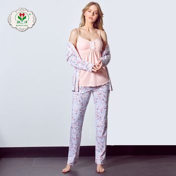 Casual Fashion Relaxed And Comfortable Woman Homewear Nightwear ... 50b4c5ef6
