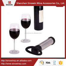 China Wholesale Amazon Sale New Vacuum Wine Saver With 2 Stoppers