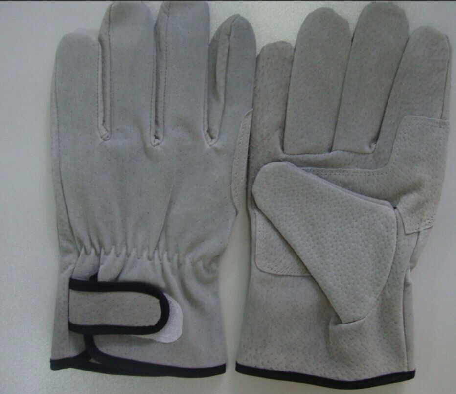 China Supplier Eco Friendly Big Working Hands Gloves For Nigeria ...