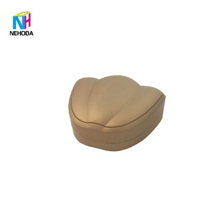 Jewelry packaging box round flower box Petal shape