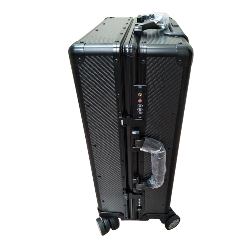 Factory-Supply-Carry-on-Carbon-Fiber-Suitcase