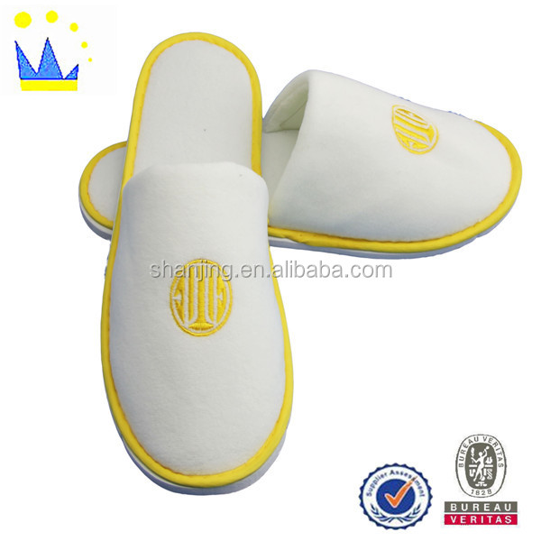 cheaper white velour embroidery unisex hotel slipper