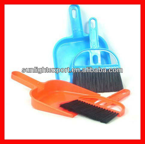 mini cleaning brush with dustpan for desk