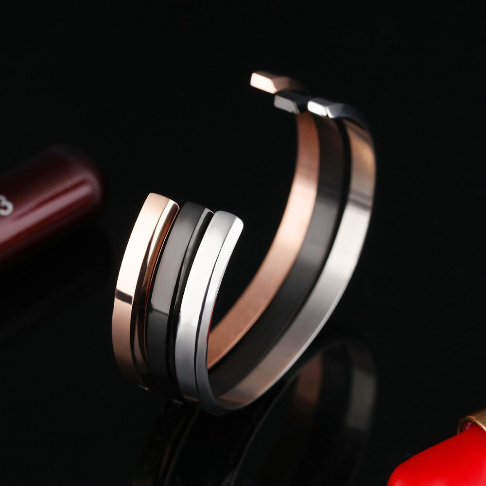 2018 Trending Products Women Stainless Steel Letter Engraved Open Cuff Custom Bracelet