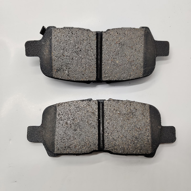 Mid-yea sale promotion For ATE Auto Parts D999 18048690 for BUICK for CHEVROLET rear ceramic material Brake Pad