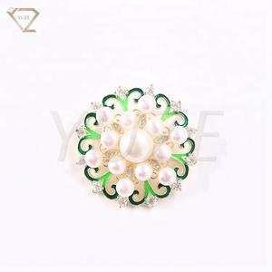 1f06d2074d364 Latest design guangzhou brooch hijab pins women pearl brooch