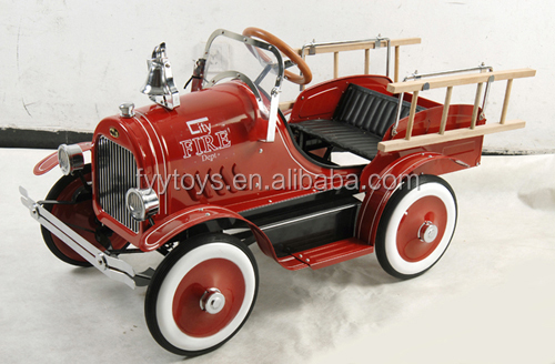 Deluxe Fire Truck/ Metal Pedal car