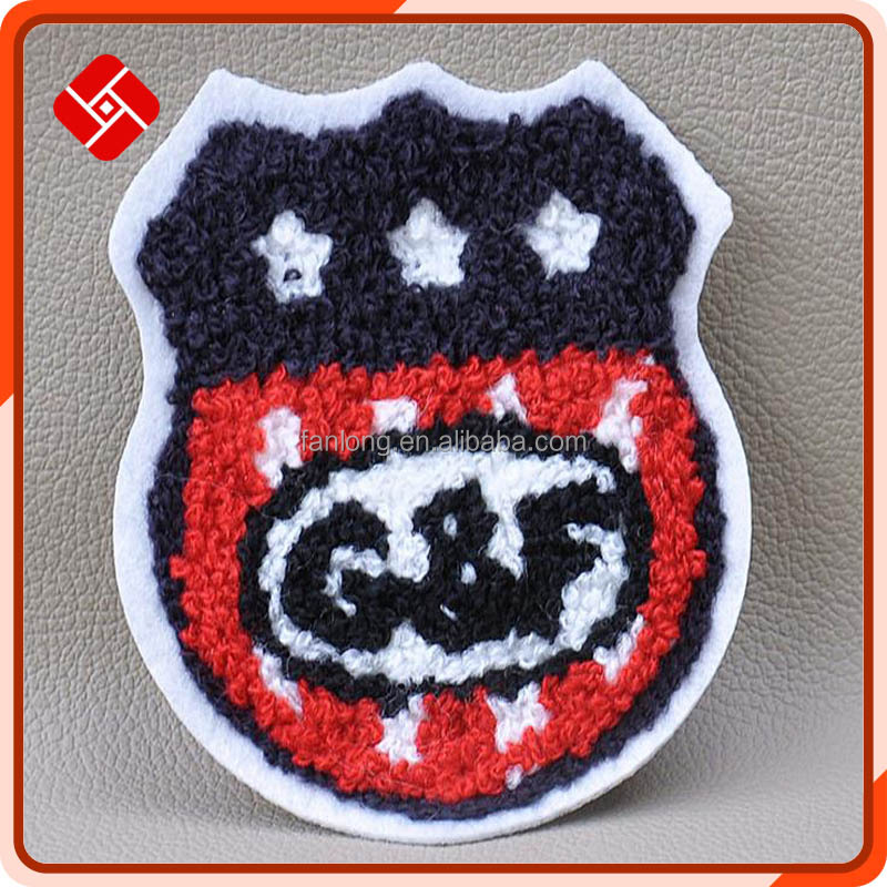 personalized embroidery patch for clothing with Chinese traditional technica