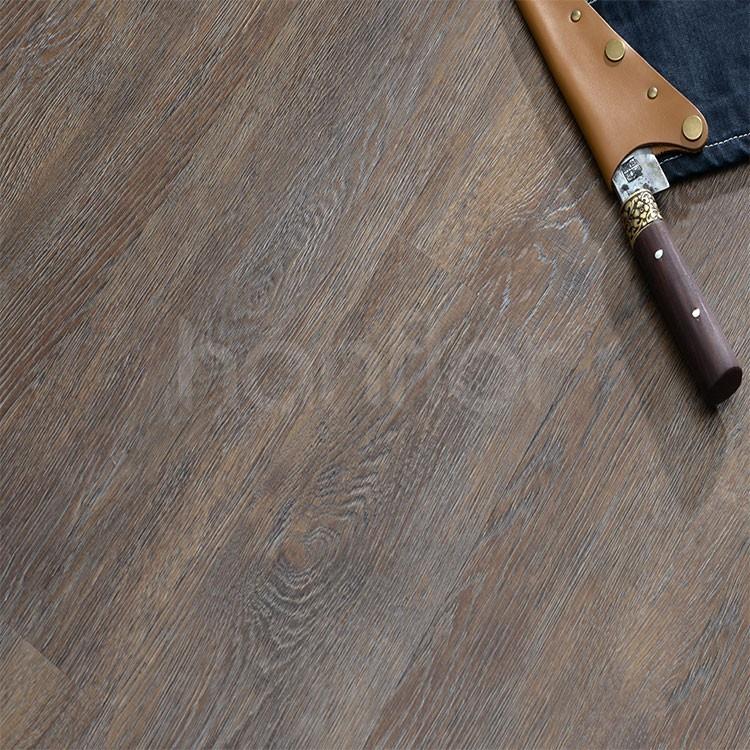 3mm thickness flexible wood look PVC flooring plank.jpg