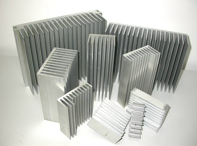 China Manufacturer Oem Cnc Processing Aluminum Pin Fin Heatsink ...