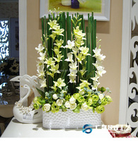 Wholesale different fashion design artificial arrangement flowers making for home decoration