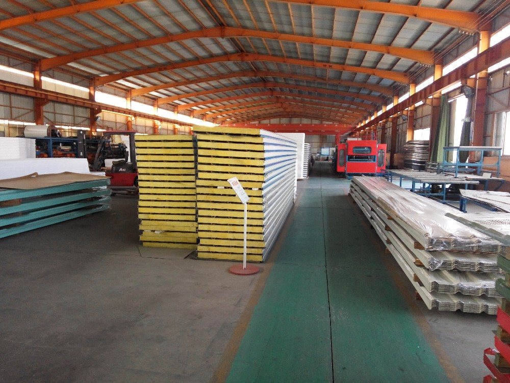 XGZ PPGI roof and wall sandwich panel