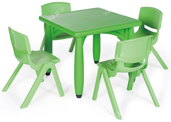 Tavoli In Plastica Impilabili.Impilabili Tavoli Di Plastica Per Bambini E Sedie Per La Vendita