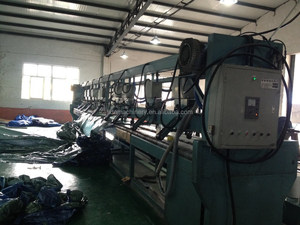 Hot air seam sealing machine for tarpaulin