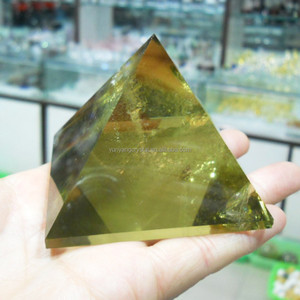 souvenirs natural citrine crystal glass pyramids carved Manufacturer crystal pyramids for wedding decoration