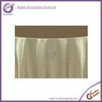 20821 wedding decoration shiny satin polyester cheap table toppers