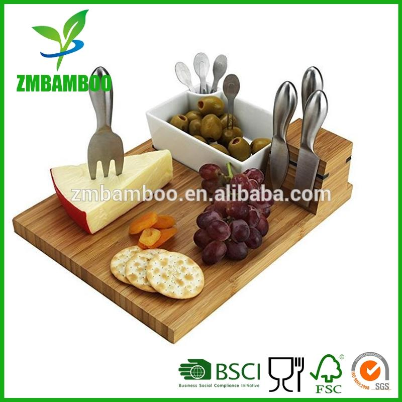 Bambo Cutting Board and Tools Set