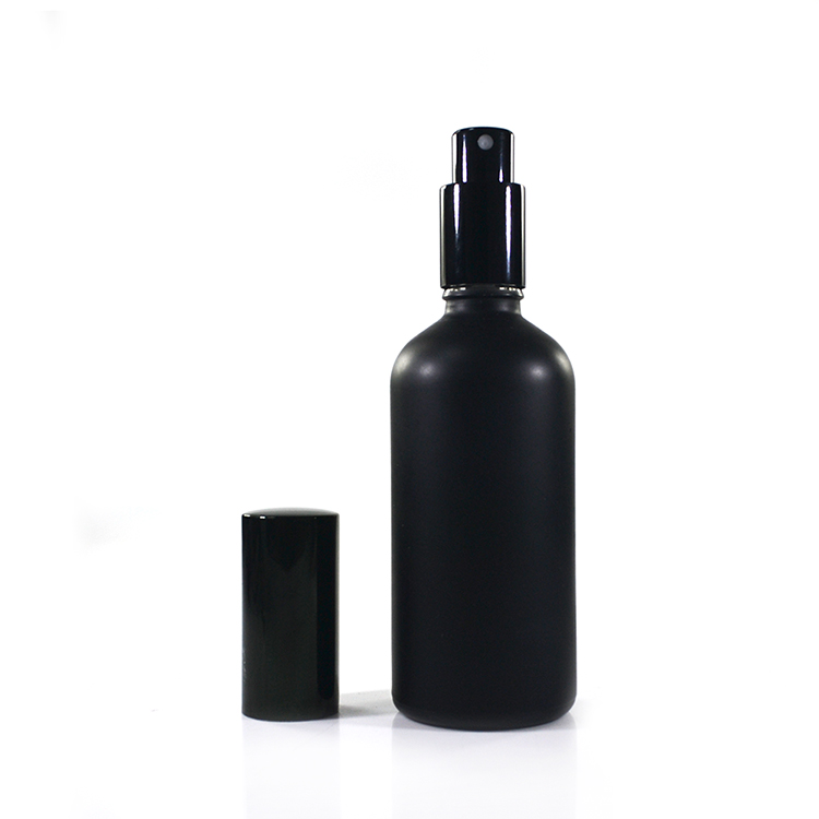 Top leveranciers 30 ml 50 ml 100 ml matte zwart glas spuitfles met spray mist cap