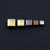 /product-detail/high-quality-shiny-square-pyramid-shape-metal-brass-rivet-studs-for-leather-jacket-60581445212.html