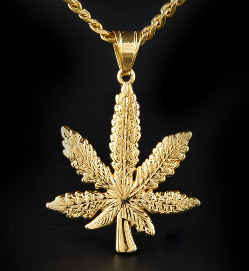 Dubai New Gold Chain Design 316L Stainless Steel 18K Gold Necklace Maple Leaf Necklace