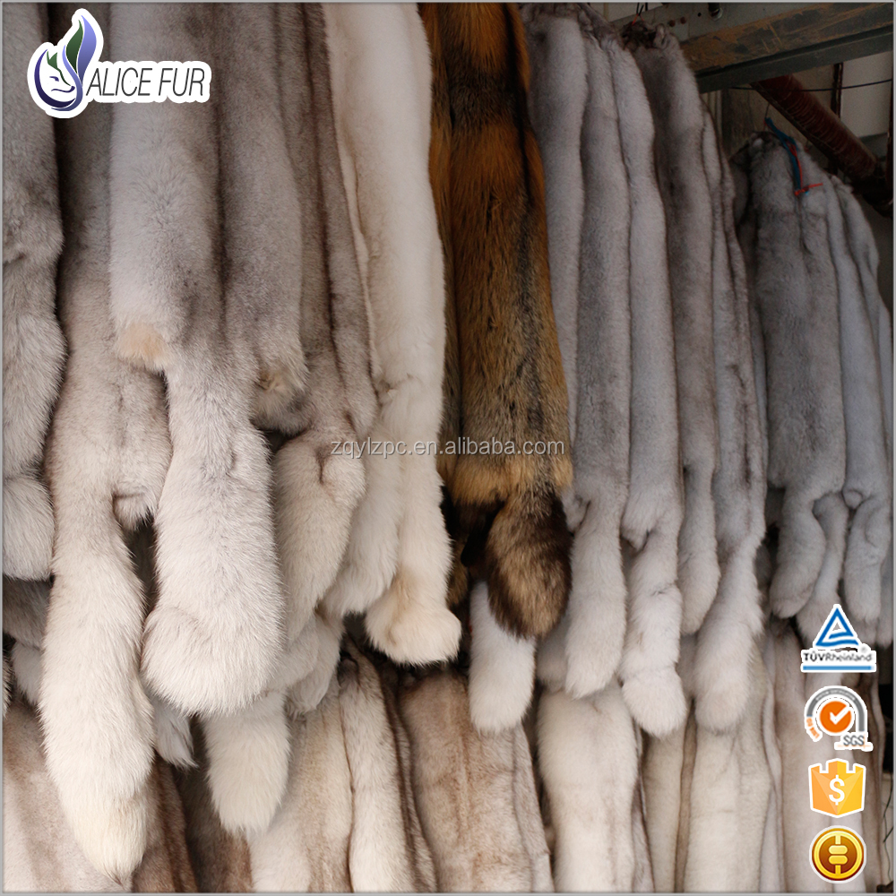 Excellent China Fur Skin Supplier OEM Service High Quality Natural Color Real Blue Fox Fur Pelts For Sale