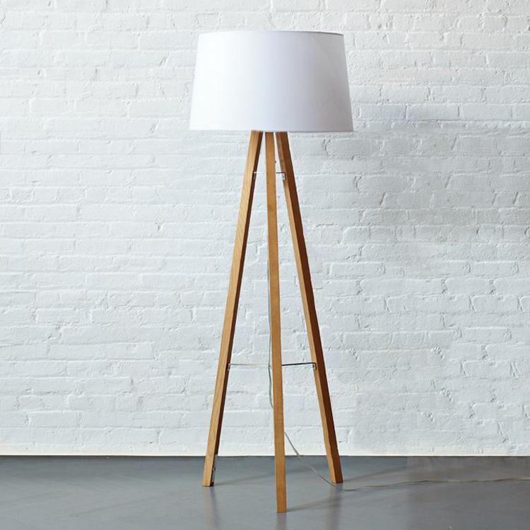 achetez en gros bois lampe tr pied en ligne des grossistes bois lampe tr pied chinois. Black Bedroom Furniture Sets. Home Design Ideas