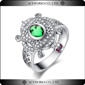 Indian Style Cute Silver Turtle Ring with Green Gem