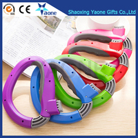 Promotional Amazon Hot Selling D Shaped Plastic One Trip Grip Easy Carry Shop Bag Holder Wholesale