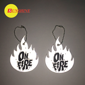 Best quality pvc design pvc factory promotional reflective keychain hanger