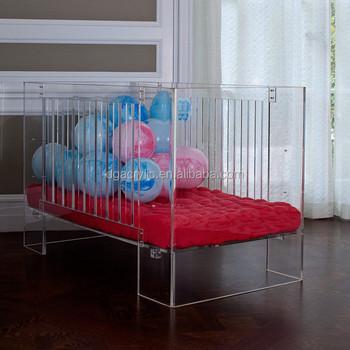 lit bebe transparent. Black Bedroom Furniture Sets. Home Design Ideas