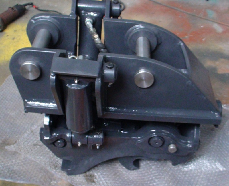 Hydraulic Tilt Quick Hitch Proudly Built For Cate305 Excavator Quick Coupler  For 5 Ton Machine Used In The Uk - Buy Cate305 Quick Hitch,Excavator Quick  Coupler,5 Ton Quick Hitch Product on Alibaba.com