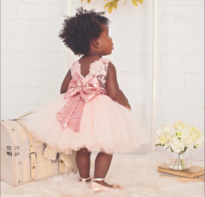 f906cac03250b Nouvelle Mode Sequin Fleur Fille Robe de Fête D anniversaire de mariage  princesse Enfant En