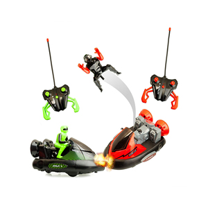 2 Pack Remote Control Bumper Cars Two Player Stunt RC Toy with Ejectable Drivers and Crash Sounds - Batteries and Adapter