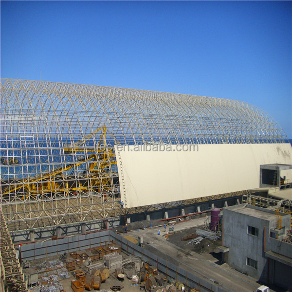 Outdoor metal roof construction for coal storage
