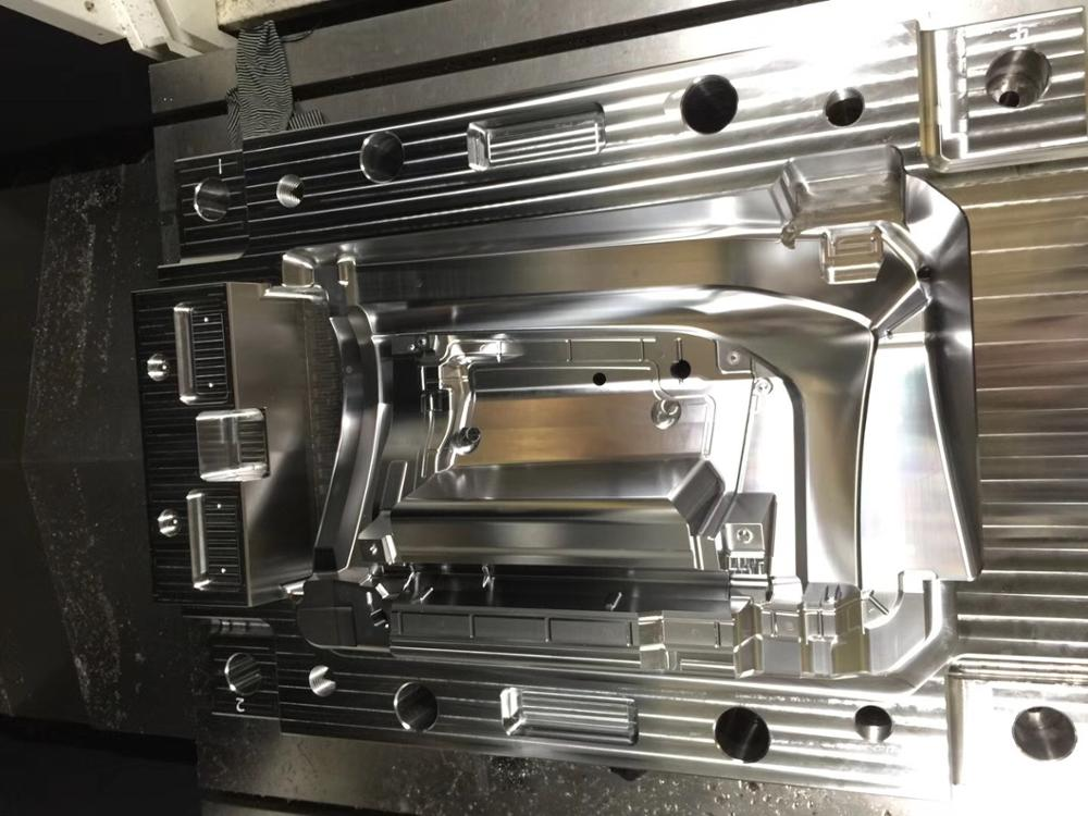 Shenzhen mold maker manufacturing plastic injection mold clear plastic products