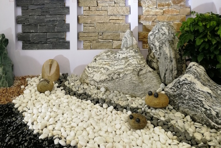 White Natural River Stone Pebbles For Landscaping Garden Stones   Buy Stone  Pebbles For Landscaping,Color Stone Pebble,Garden Pebbles And Stones ...