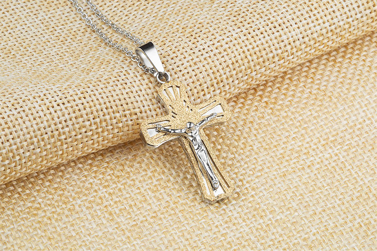 Marlary New Arrival Fashion Stainless Steel Gold Plated Cross Jesus Christian Charms Pendant