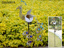 2015 Hot sale metal peacock with solar light