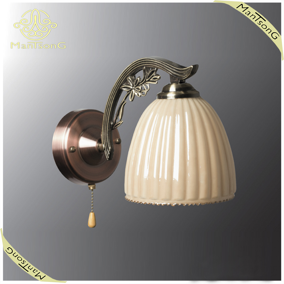 Hot sale classic pearl color shade bronze body E27 glass wall lamp,small wall lamp