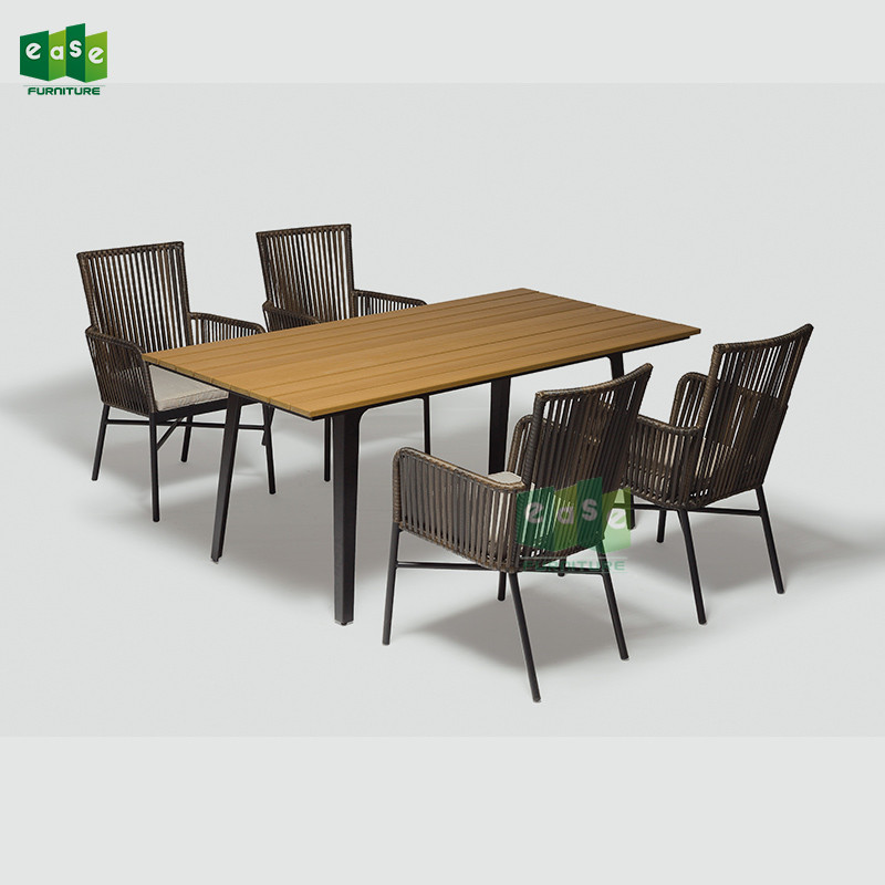 costo de mesas y sillas para restaurante