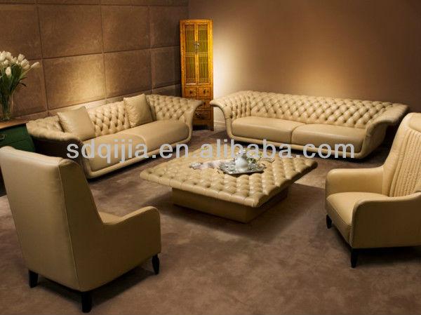 el estilo clásico italiano de lujo color beige chesterfield sofá de ...
