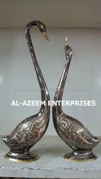 High Quality Hand Made Swans Pair Brass Crafts Pakistan For Home