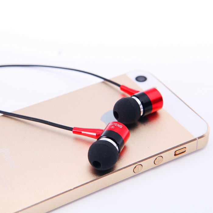 Subwoofer Earphone 3.5mm Jack Earphones In Ear Style Fm Headset Mp3 Sport Audifonos For Mp4 Media Music Player free shipping