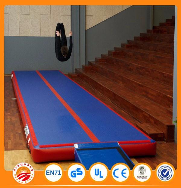 bleu et blanc linge piste gonflable air tapis pour gymnastique formation gonflable air piste. Black Bedroom Furniture Sets. Home Design Ideas