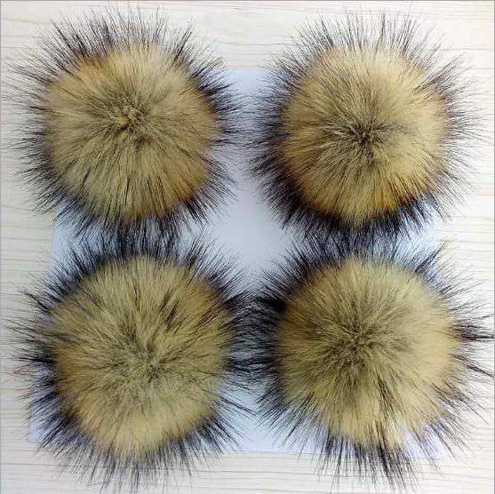 Мода искусственного енота меховым помпоном на Шапка-бини из искусственного меха мяч помпон