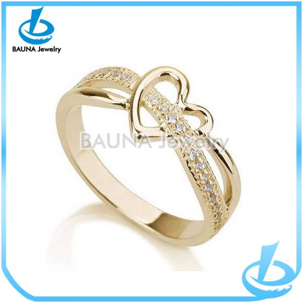 Beautiful Rhinestone Decorate Z Design Alloy Fashion Exotic Gold