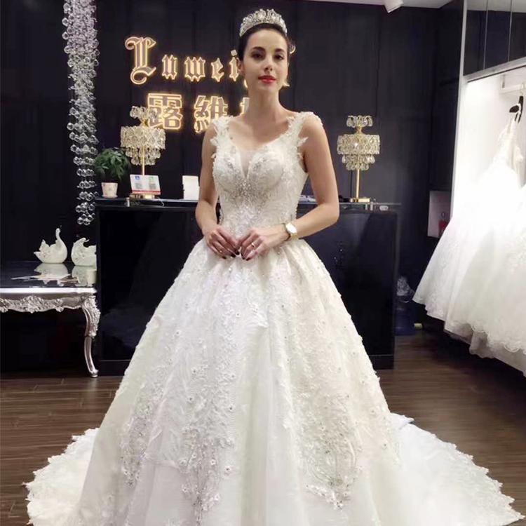 2019 Luweiya Lace Bondage Bridal Gown Crystal Stones Plus Size Wedding Dress Buy Plus Size Wedding Dress Wedding Dress Crystal Stones Bondage