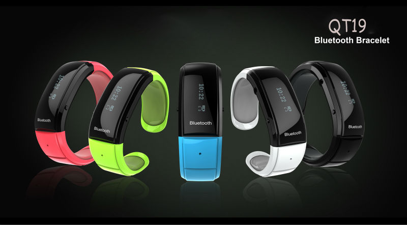 Low power consumption Bluetooth bracelet with earphone