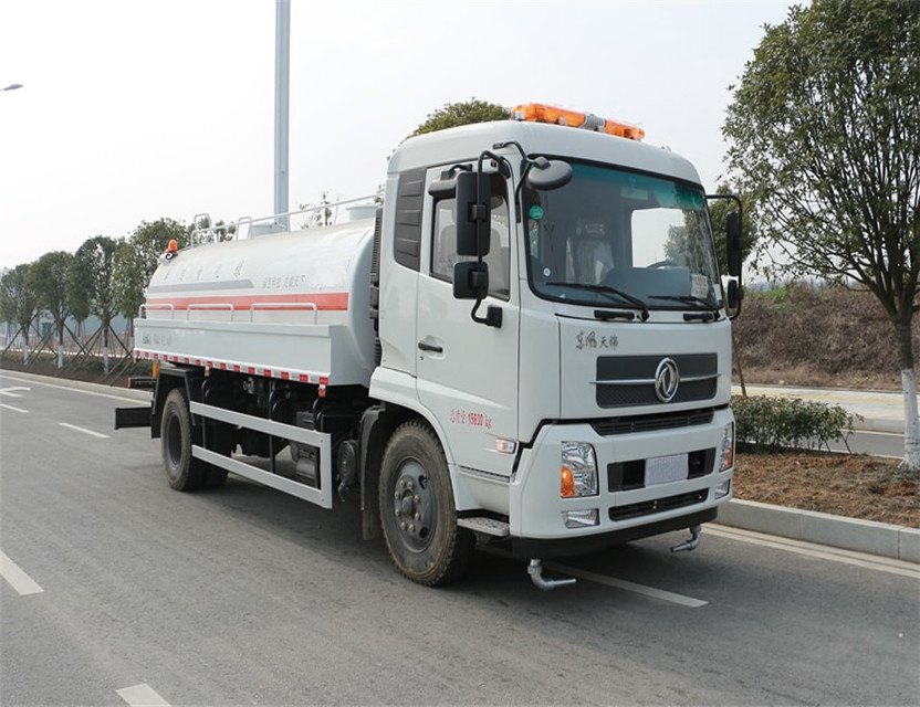 China famous brand Dongfeng Tianjin 12 ton truck water truck 12000 liter water tank truck for sale in dubai